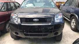 Ford EcoSport 2005 para continuar reparandolo.