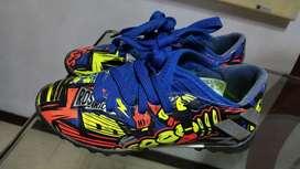 Guayos Adidas  niño talla 10k