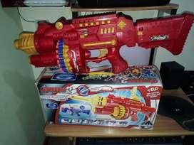Ametralladora de juguete con dardos