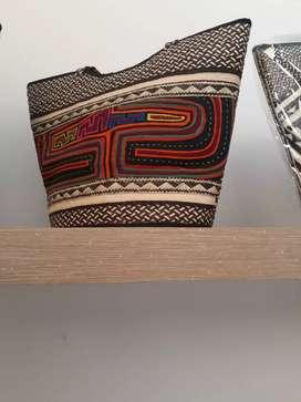 Bolso cartera artesanal en caña flecha cordobés