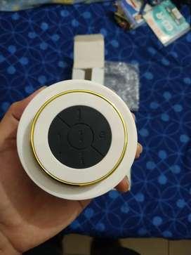 Parlante/Speaker con adhesivo a las paredes, Nuevo