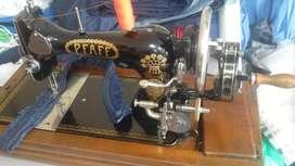 Linda maquina de coser Clasica original Pfaff de 1905