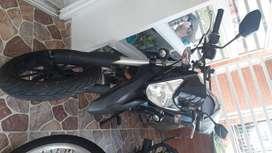 Vendo moto ttx 180 unico dueño