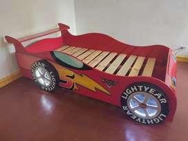 Camas diseño de Carro Camaro y McQueen