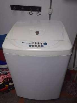 Sevende lavadora LG 25 libras