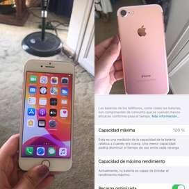 Se vende iphone 7   1 año de uso