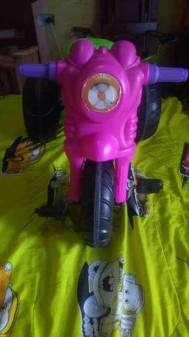 Triciclo niña $45000