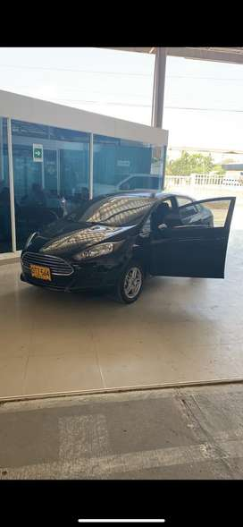 Vendo Ford Fiesta 2017 automatico como nuevo