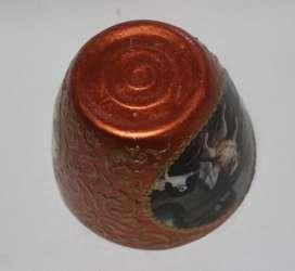 Lapicero color cobre con pinturas y filigranas doradas,  60