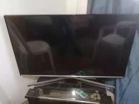 """Vendo TV smartv 40"""""""