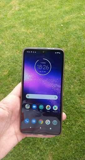Vendo Motorola One Macro!!