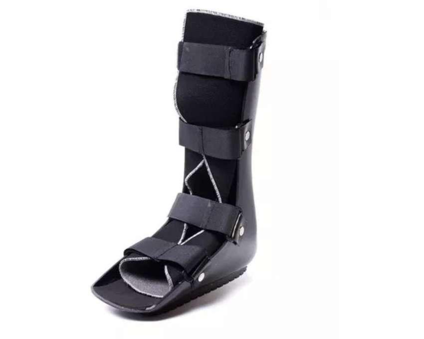 Bota Walker ortopédica 0