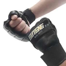 Guantes de Boxeo King Boxing de Cuero medio dedo