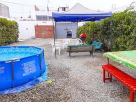Amplia casa de verano cerca al mar, con piscina pequeña, perfecta para reuniones