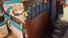 Cama cuna flor morado con o sin closet cambiador
