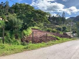 Vendo Terreno via a Jadan Esquinero 1.000 m2