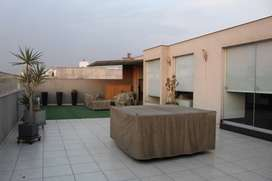 Vendo amplio duplex muy bien ubicado con una hermosa terraza en Urb Tambo de Monterrico