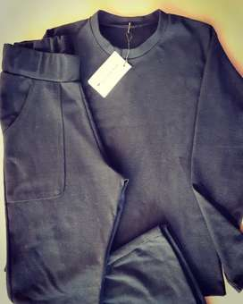 Pyama en color negro algodon tramado
