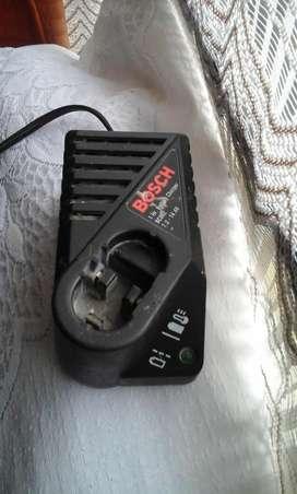 se vende cargador de taladro bosch bc002 NEGOCIABLE