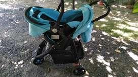 vendo coche con porta bebe y cargador