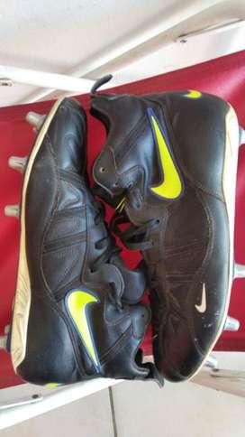 botines rugby Nike Nº 46 poco uso.