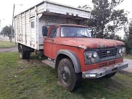 Camión dodge de soto