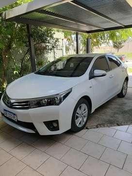 Vendo trato directo única dueña Toyota Corola X e Y 1.8 cbt