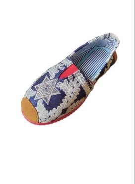 zapatillas suela roja con ramas griegas con envio gratuito