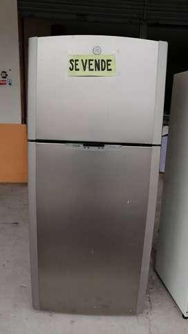 Refrigeradora General Electric Smart Fresh