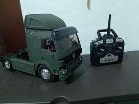 camion tamiya rc 1/14  completo con trailer a control remoto traxxas hpi losi axial ofna spektrum tractomula kyosho