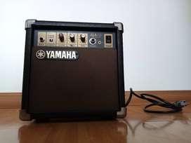 Amplificador de guitarra eléctrica - Yamaha GA-10 10W - Usado