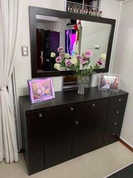 Vendo mueble aparador con espejo