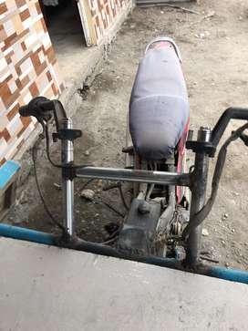 Carreta  semi nueva añadida con moto