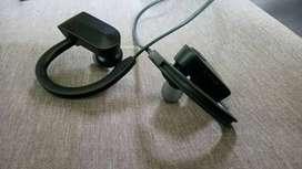 auriculares  inalambricos en buen estado,color negro,