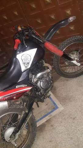 Vendo Moto Shineray 200 solo para el campo en buenas condiciones Soy de naranjito