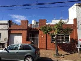 Casa de 3 amb con cochera, quincho, patio y terraza. OPORTUNIDAD!!!