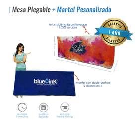 Mesa promocional plegable con mantel personalizado lavable, armable en 1 minuto.
