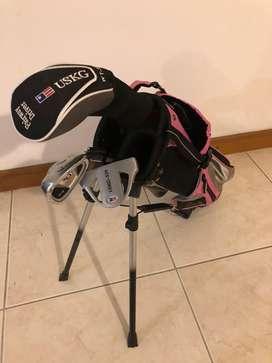 Set de Golf USKG (US Kids Golf). Para niña de 4-8 años. Set de 4 palos. Driver, dos hierros y put.