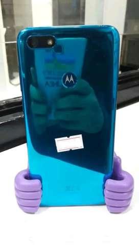 MOTO E6 PLAY LIBRE 32 GB CON HUELLA