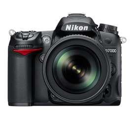 Camara Digital Reflex Nikon D7000 + 18-140mm + 50mm + tripode Wf 666a + estuche nikon + cargador + sombrilla lente