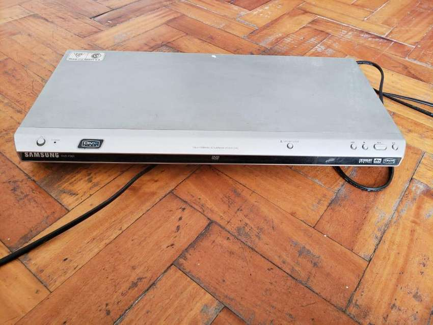 Vendo Reproductor de DVD Samsung DVD-P365 NO FUNCIONA LA DISQUETERA 0