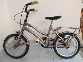 Bicicleta rodado 14 completa, funcionando, incluye rueditas