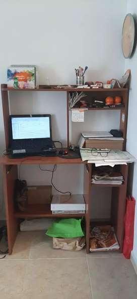 Vendo escritorio multiusos en buen estado