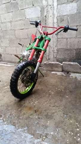 Yamaha Dt super trail 125 prepara para carreras y mini cross o pit bike cc 110 reptificado al 125 cc automático