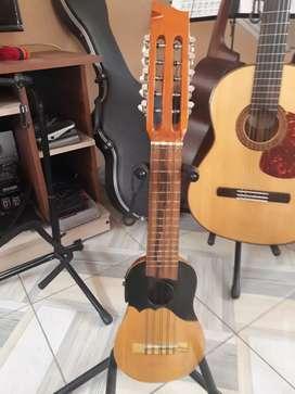 Charango amplificado