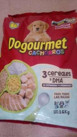 Promoción Dogourtmet cachorro tres cereales 16k