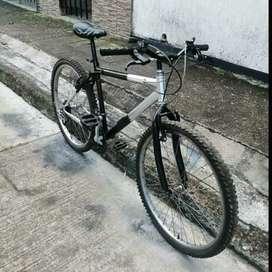 Vendo  bicicleta  Rin  26  en  buen  estado