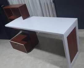 escritorio nuevo minimalista