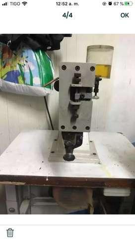Maquina de rebabear suelas para calzado
