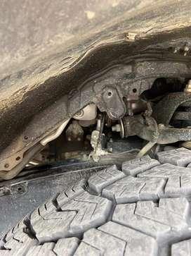 Guardapolvo de pasa rueda de toyota